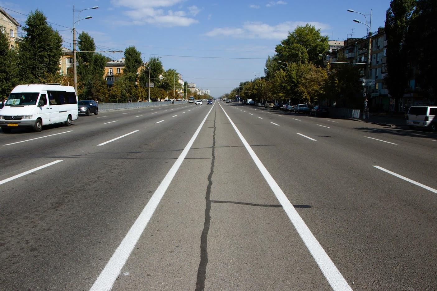 «Ночью может светится»: что известно о новой дорожной разметке в Днепре. Новости Днепра