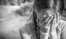 В Днепре 13-летнюю девочку водитель выдворил из последней маршрутки на темную незнакомую улицу