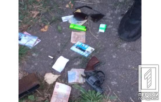 Граната и пистолет: служащие Нацгвардии наткнулись на вооруженного мужчину. Новости Днепра