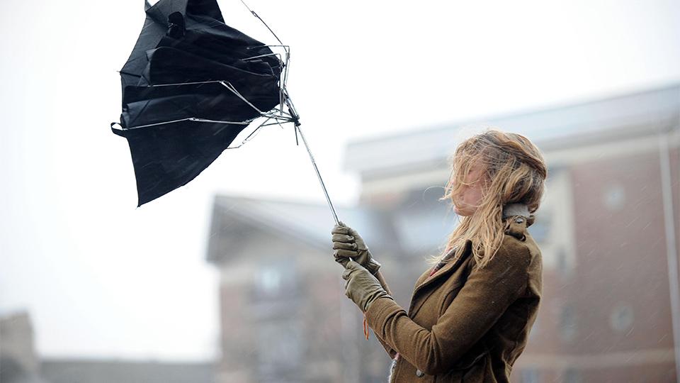 В Днепре резко ухудшится погода: сильный ветер и дождь. Погода Днепр