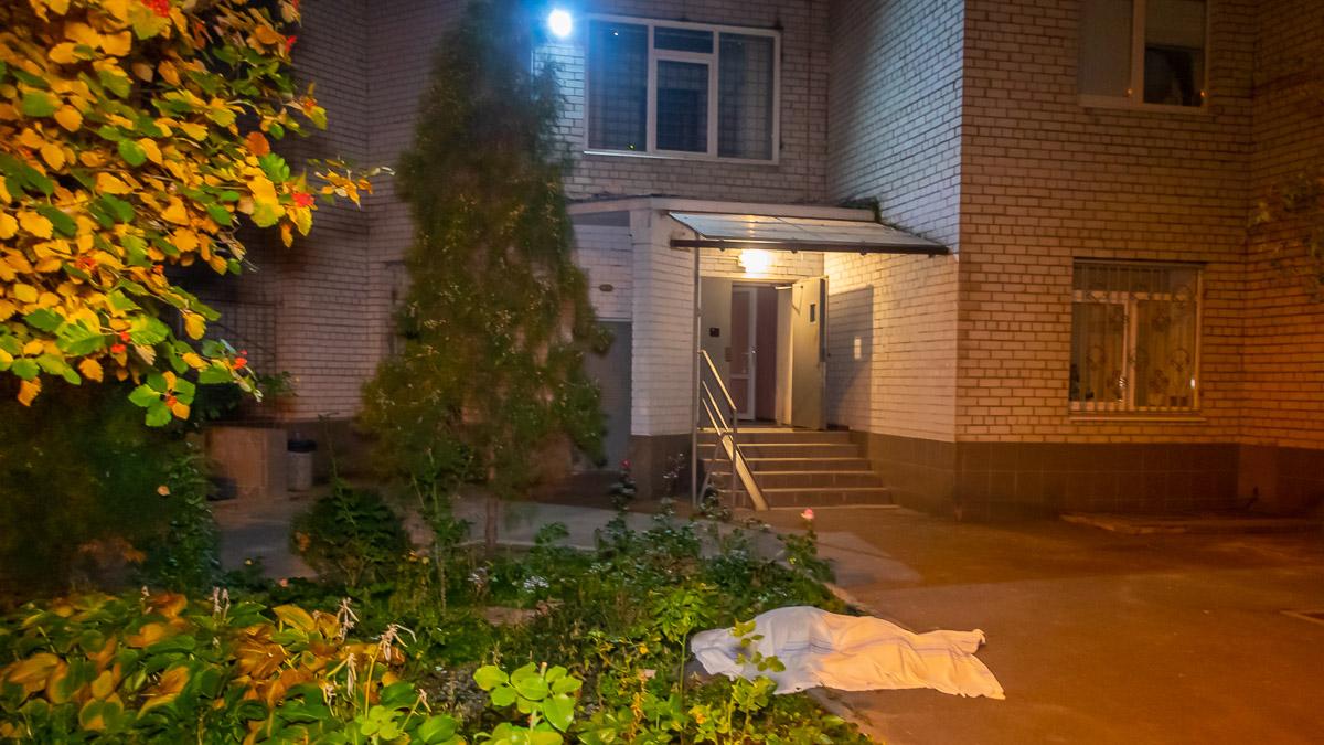 Выпрыгнула с 14 этажа: в Днепре девушка совершила самоубийство. Новости Днепра