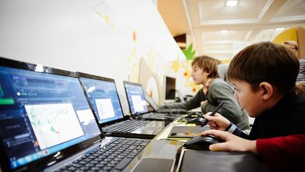 В текущем году более 700 школ получат скоростной Интернет. Новости Днепра