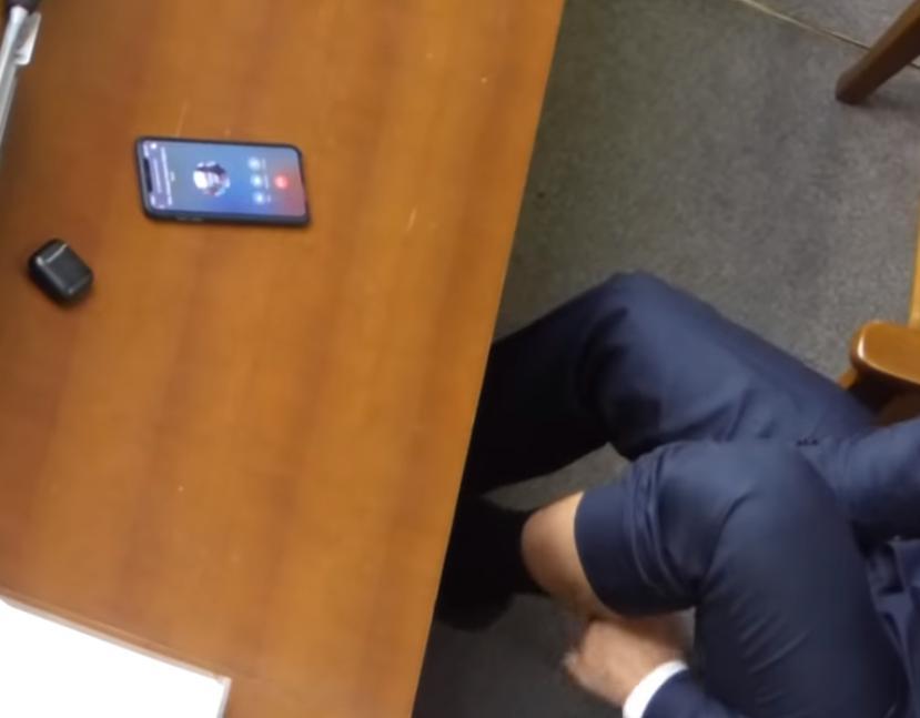 «Застали на горячем»: нардеп «трогал свои гениталии» на заседании Рады. Новости Украины