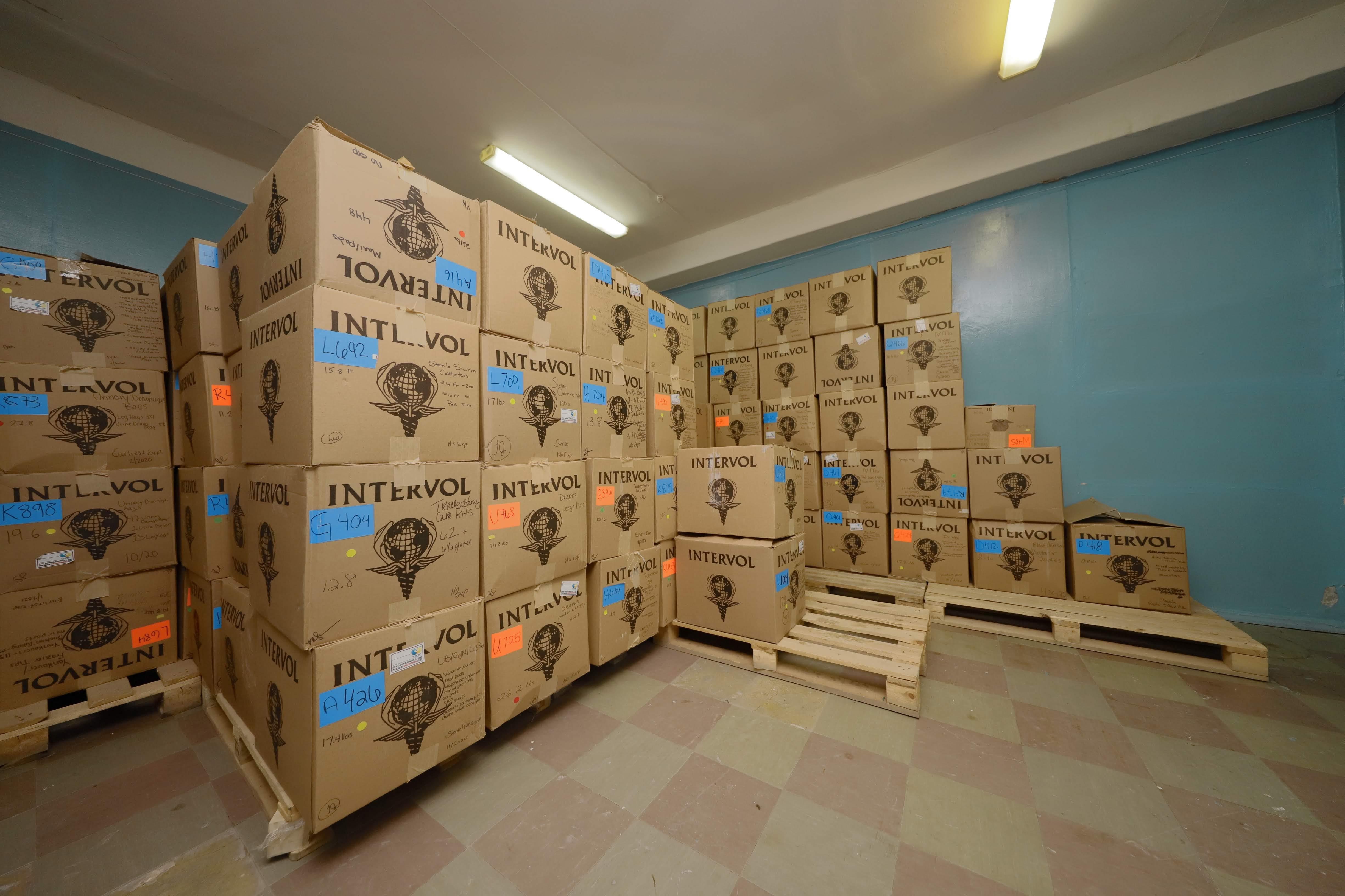 Днепр получил гуманитарную помощь для больниц. Новости Днепра