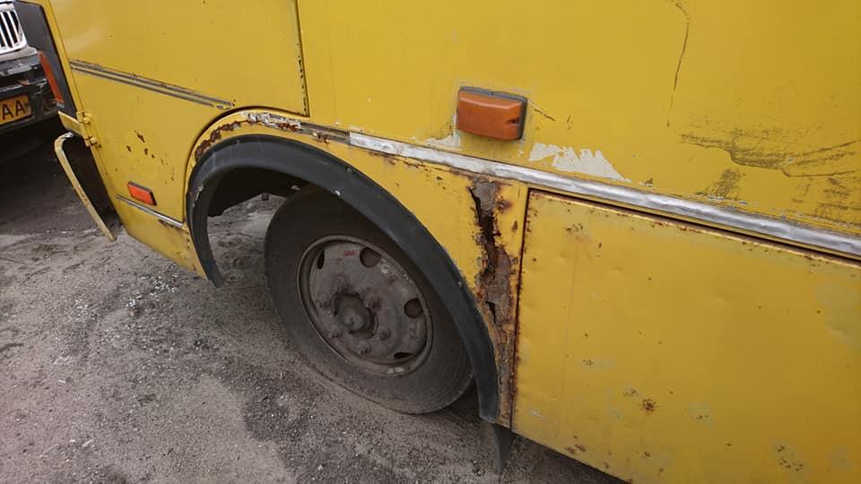 «Готовимся к зиме»: в Днепре ремонтируют «убитые» автобусы. Новости Днепра