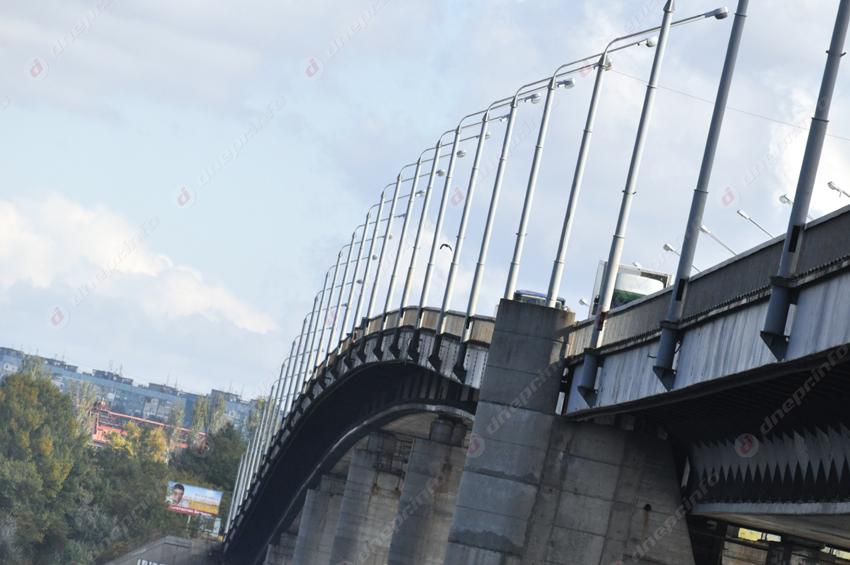 В Днепре ремонтируют Южный мост. Новости Днепра
