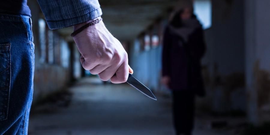 Набросились с ножом: в Днепре напали на беременную девушку. Новости Днепра