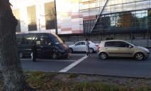 ДТП с маршруткой в Днепре: есть пострадавшие