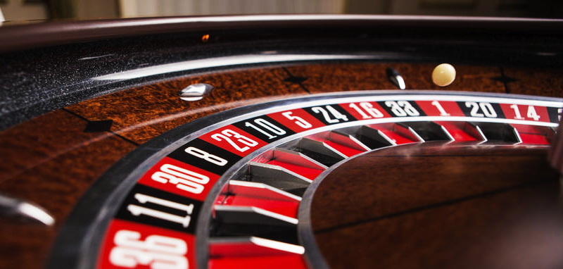 «Доигрался»: владелец казино в Днепре «попал» на крупную сумму. Новости Днепра