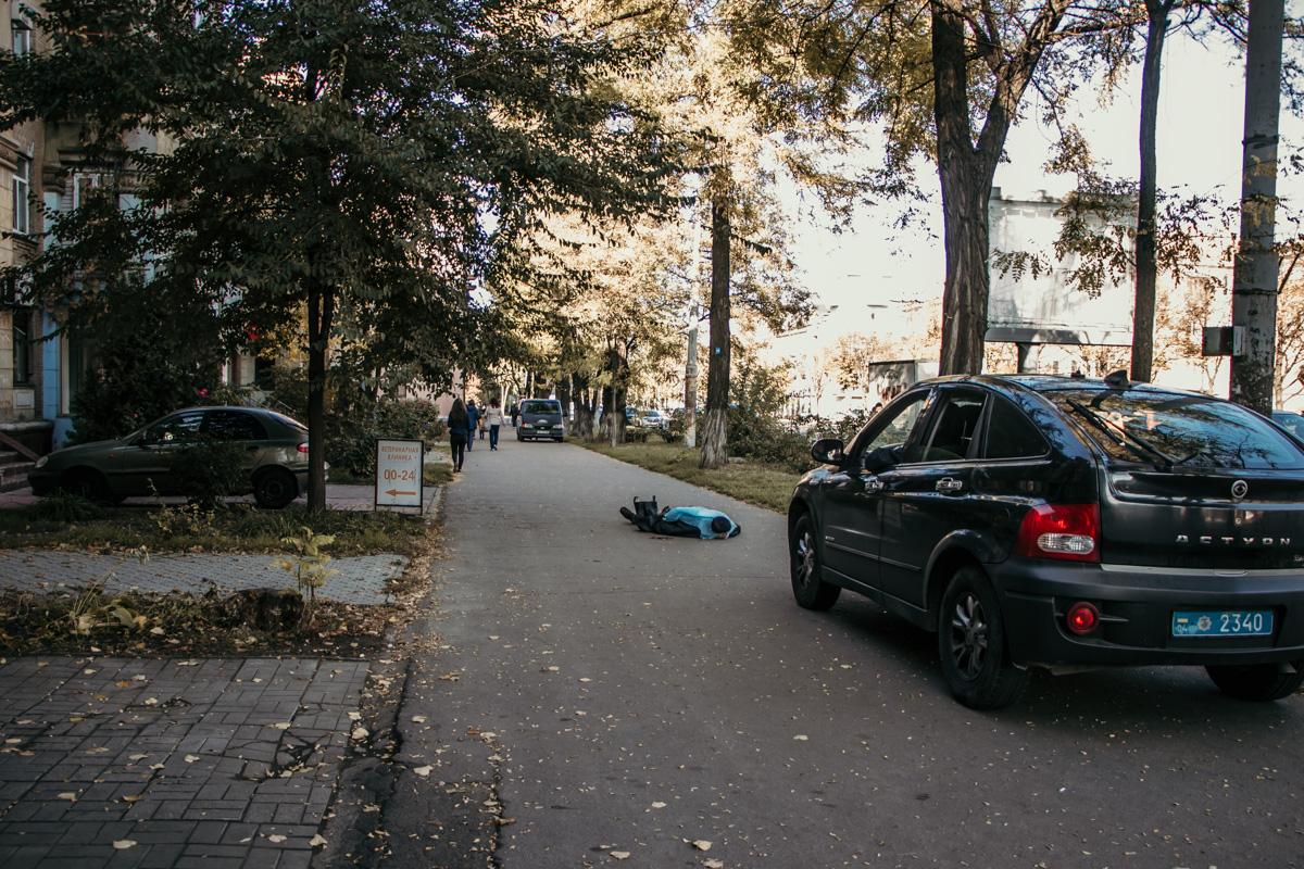 Посреди улицы в Днепре умер мужчина. Новости Днепра