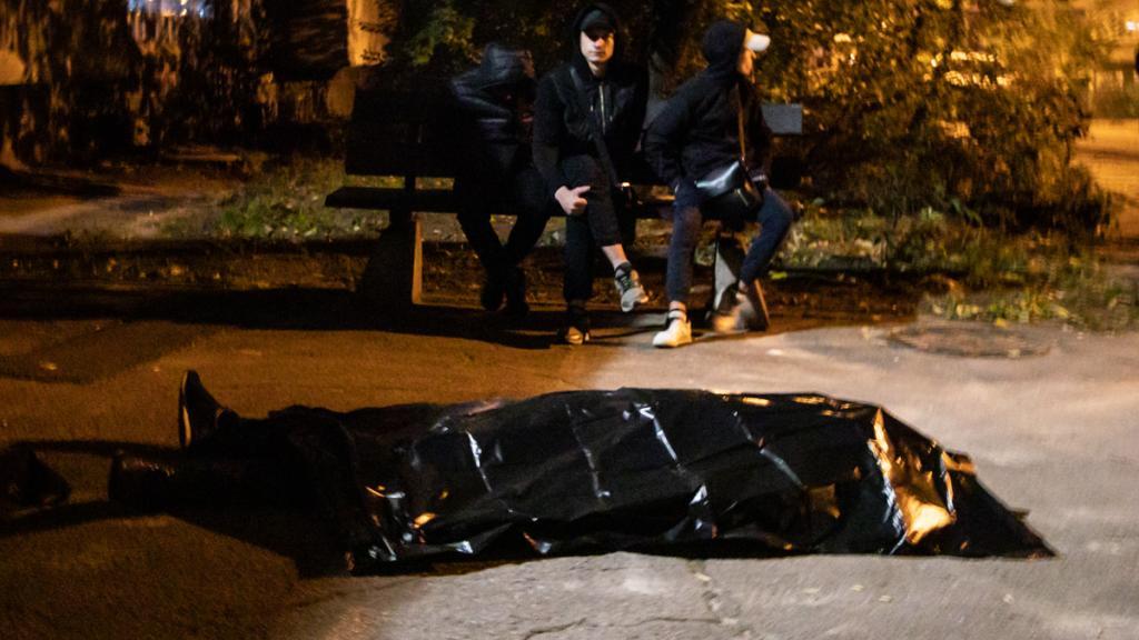 Мужчина умер возле подъезда. Новости Днепра
