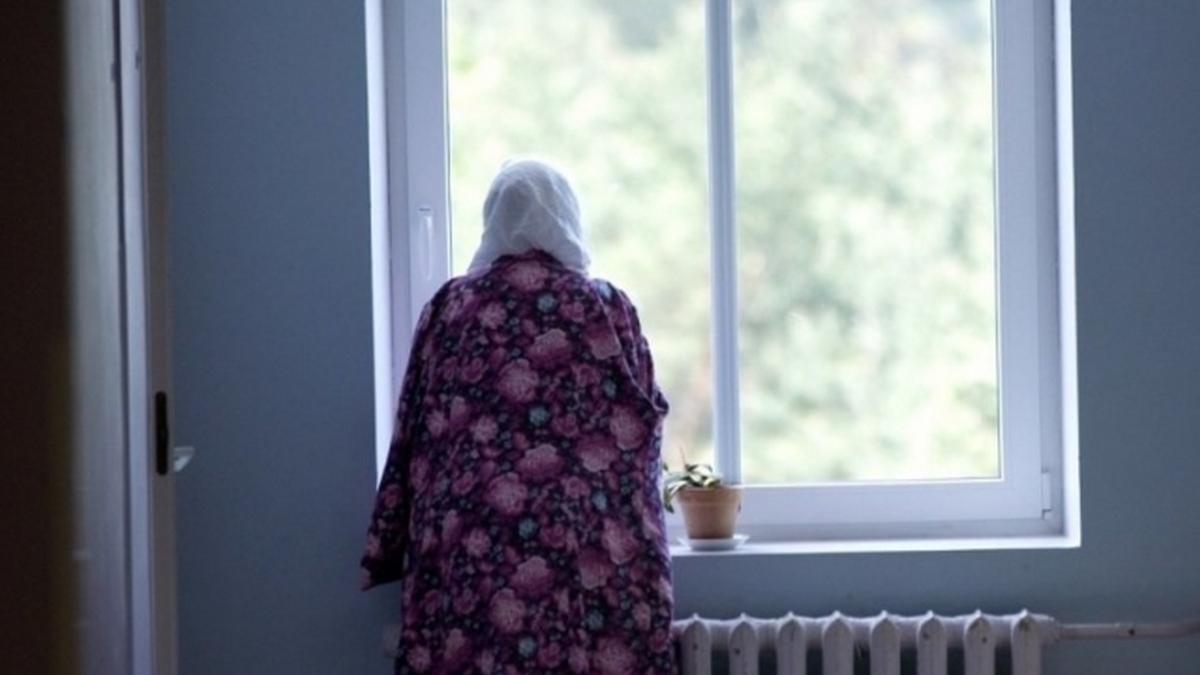 Пенсионерка в Днепре выпрыгнула в окно. Новости Днепра