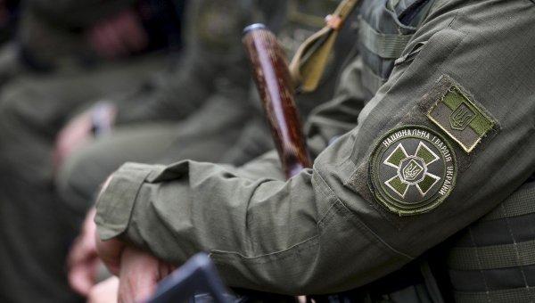 Кастет, нож и наркотики: что находят у жителей области патрули Нацгвардии. Новости Днепра