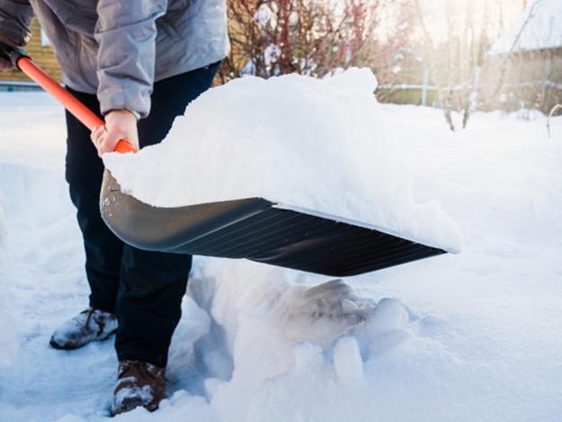 Неубранный снег на вашей территории: днепрян предупредили о штрафах. Новости Днепра