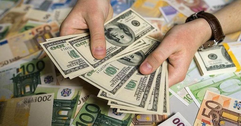 Гривна продолжает укрепляться: курс валют на 8-е ноября. Новости Украины