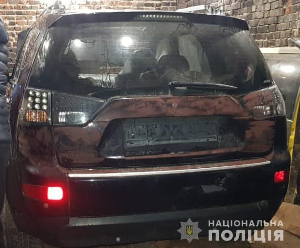Угоняют авто по всему городу: полиция ищет преступников. Новости Днепра