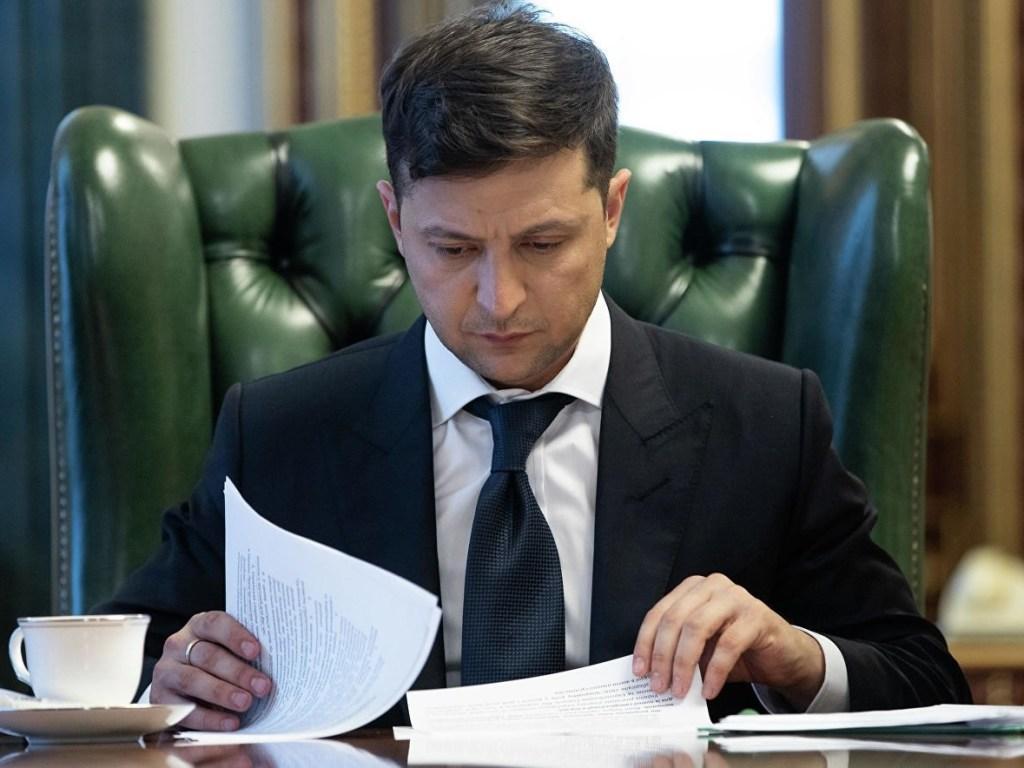 Зеленский уволил своего представителя в Кабмине после драки с Ляшко. Новости Украины