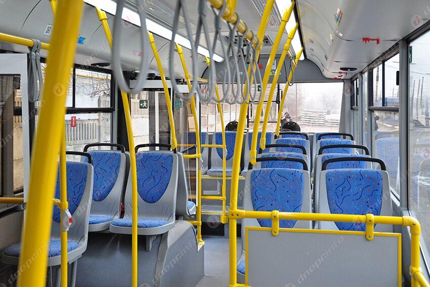 Обрыв проводов: задержка троллейбусов и пробки на дорогах. Новости Днепра