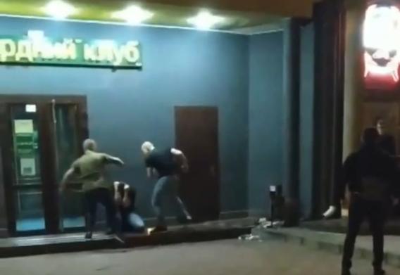 «Бои без правил»: драки возле ночных клубов в Днепре. Новости Днепра