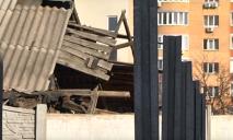 «Соседские войны» в Днепре: снос стены и разрушение дома