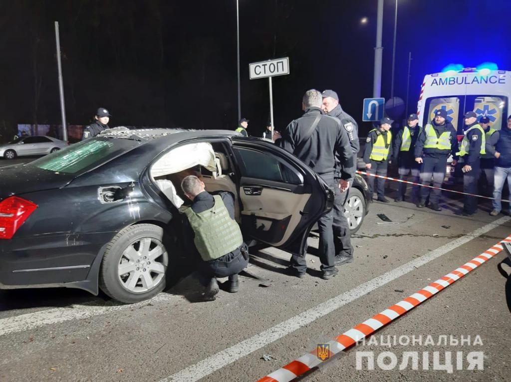 Теракт в столице: взорвали авто с людьми, есть жертвы. Новости Украины