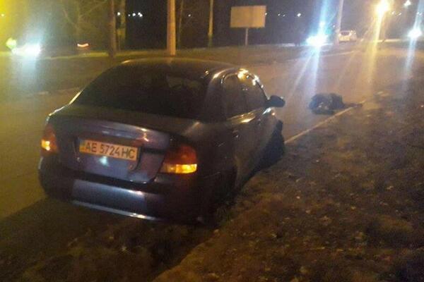 В Каменском авто насмерть сбило женщину. Новости Днепра