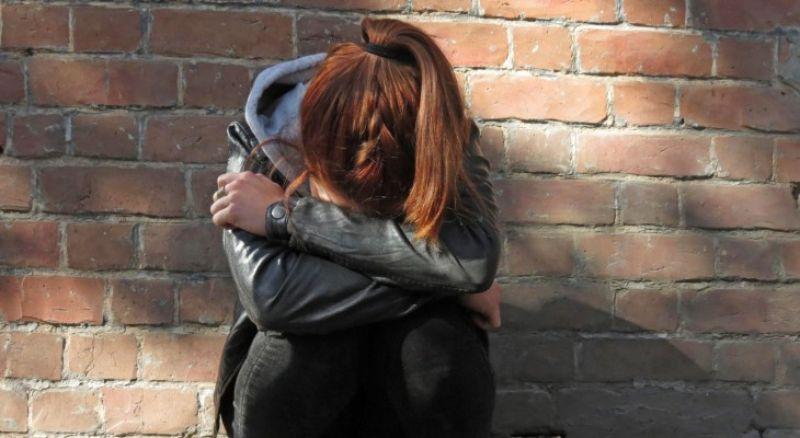 Сбежала из дома: 15-летнюю девочку искала полиция. Новости Днепра