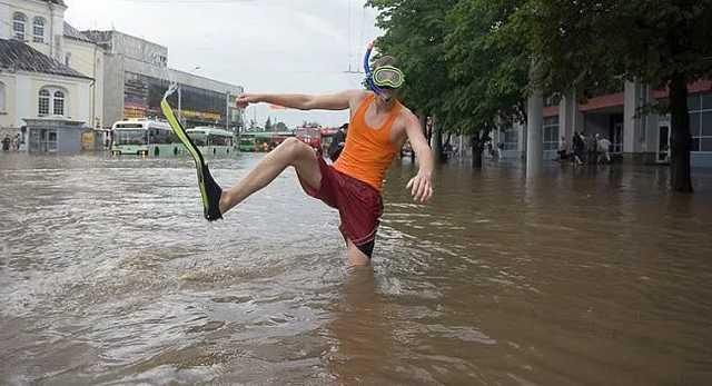 «Днепр тонет»: горожане требуют «спасти» их от многолетнего потопа. Новости Днепра