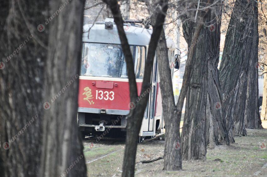 Завтра электротранспорт Днепра закончит работу раньше: расписание. Новости Днепра