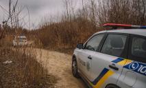 В Днепре в лесу найден труп мужчины