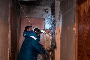 В Днепре тушили пожар в подъезде. Новости Днепра