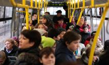 «Каркас вместо сиденья»: пассажиров перевозят сломанные маршрутки