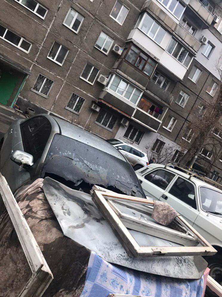 Поджог авто в Днепре: огонь уничтожил две машины. Новости Днепра