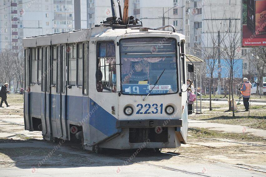 «Бился головой об окно и попытался взять за ж*пу»: неадекватный мужчина в транспорте Днепра. Новости Днепра