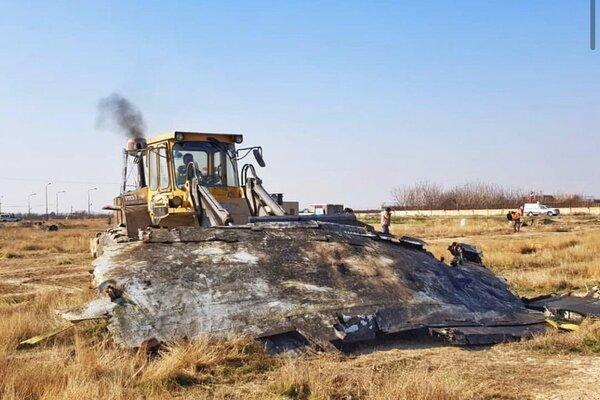 Расследование авиакатастрофы украинского самолета: обломки сгребают бульдозером. Новости Украины