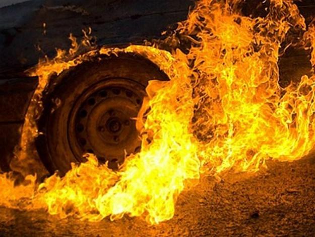Ссора между мужчинами закончилась сожжением автомобиля. Новости Днепра
