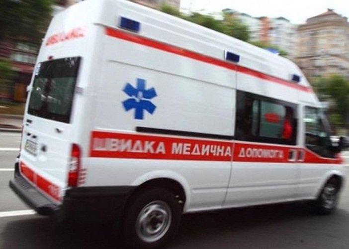 Падение подростка из окна и нападение с тесаком на врачей: итоги празднования Нового года. Новости Днепра