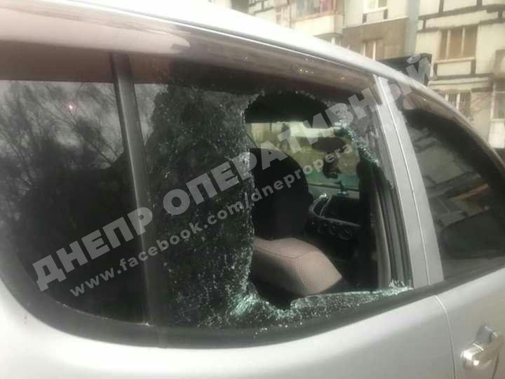 Ваши авто в опасности: по ночам в Днепре орудуют радикальные преступники. Новости Днепра