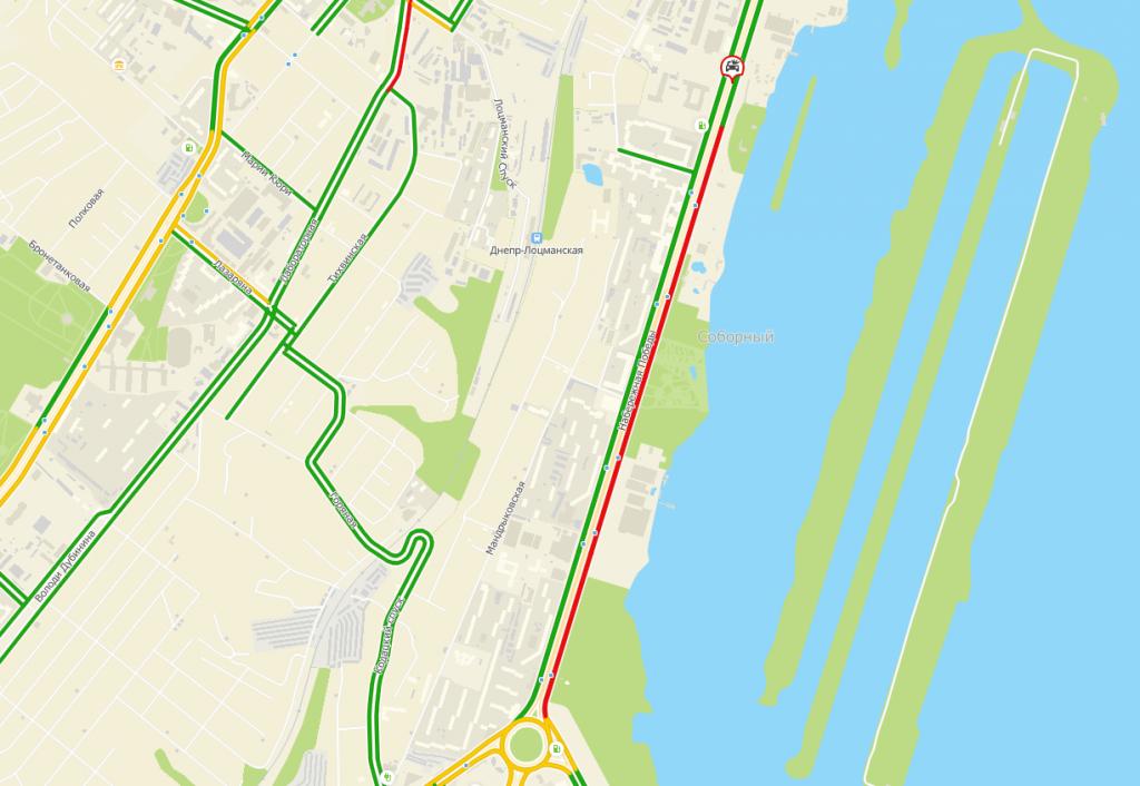 Серьезное ДТП в Днепре: на Набережной перевернулось авто. Новости Днепра