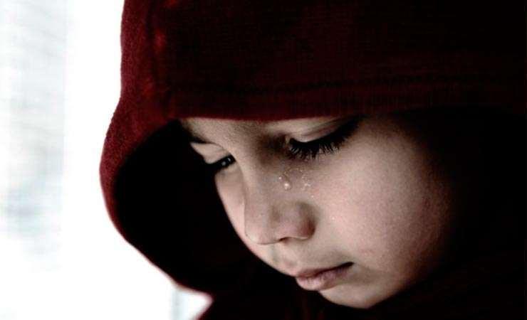 Мужчина ограбил 11-летнюю девочку. Новости Днепра