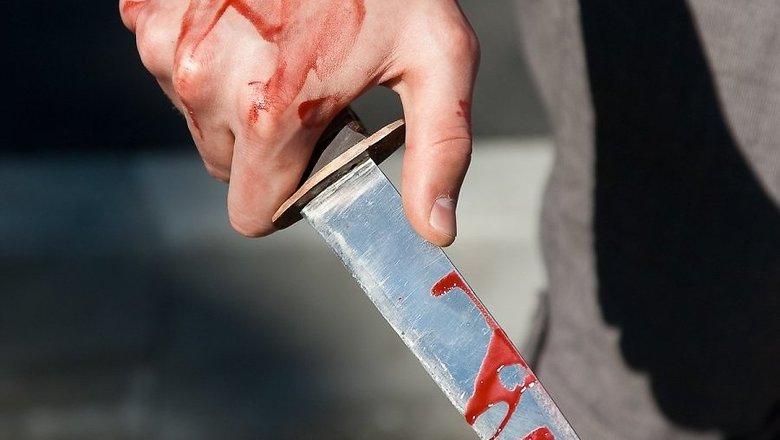Неадекватный мужчина устроил поножовщину у себя дома. Новости Днепра