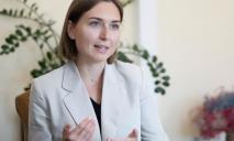 «На зарплату 36 тысяч я не смогу содержать ребенка», — министр образования