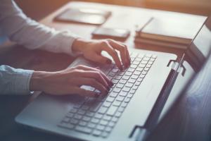 Днепрян предупреждают о мошенничестве в сети. Новости Днепра