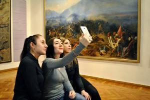 Днепряне могут сделать селфи в музее. Новости Днепра