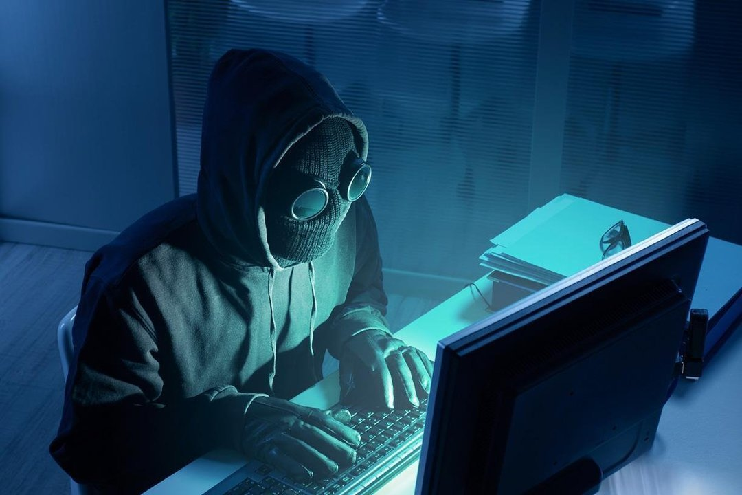 Воровали деньги со счетов: СБУ выкрыла преступную хакерскую группировку. Новости Днепра