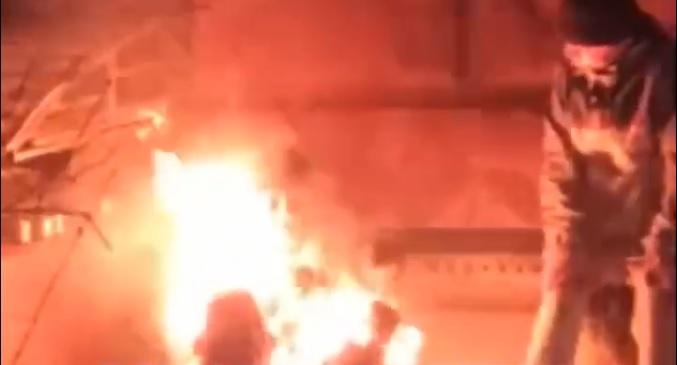 В Днепре заживо сгорел мужчина, пока люди снимали это на телефоны. Новости Днепра