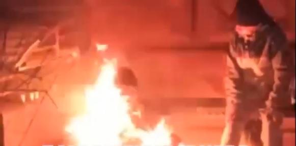 Полиция расследует обстоятельства гибели в огне мужчины в центре Днепра. Новости Днепра