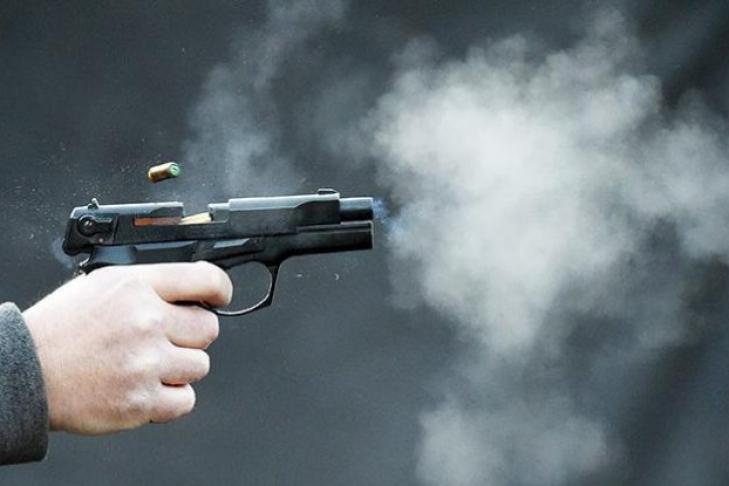 Мужчина выстрелил в глаз продавщице. Новости Днепра