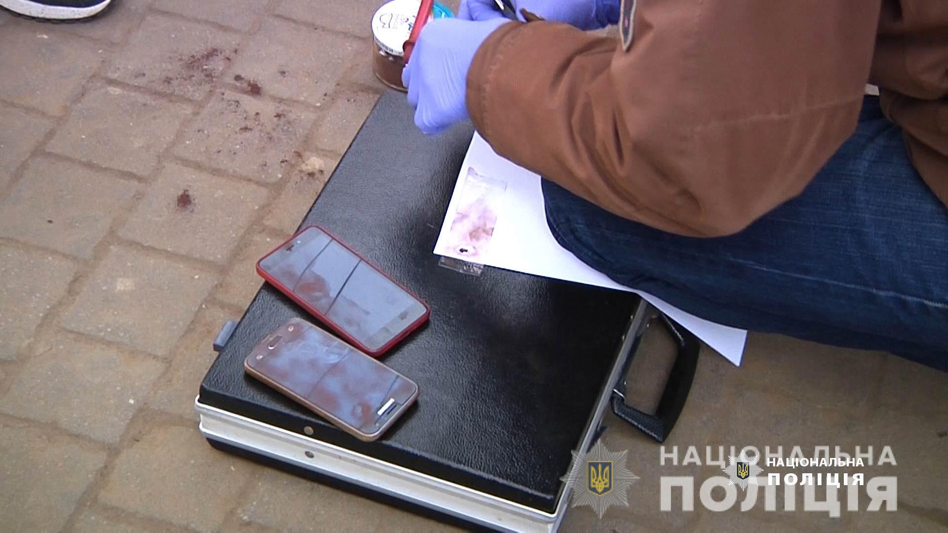 Пытались подойти вплотную: в Днепре задержали карманниц. Новости Днепра