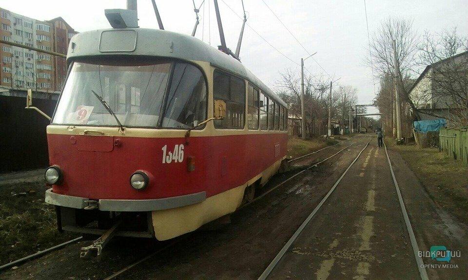 В Днепр трамвай сошел с рельсов. Новости Днепра